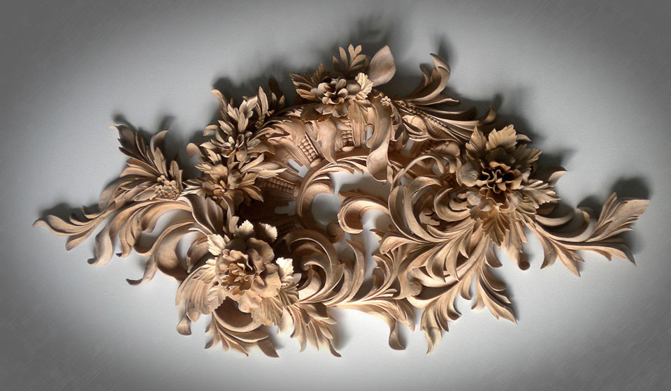 CLASSICAL WOODCARVING
